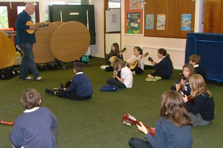 Mandolin Tour of schools -